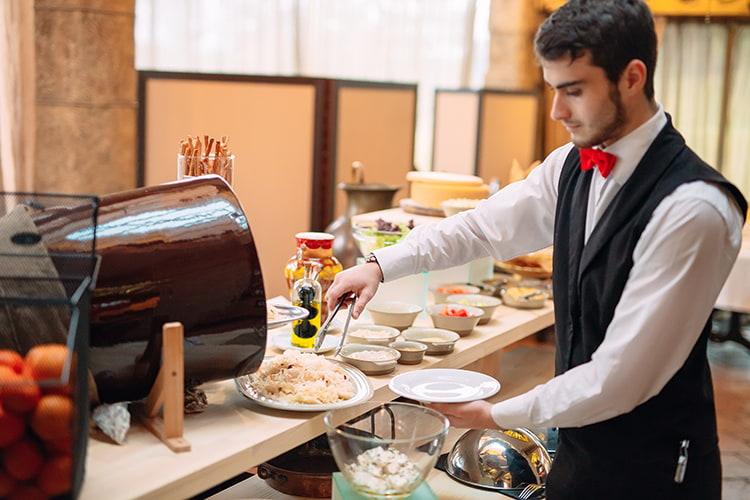 servizio buffet sala colazioni hotel,